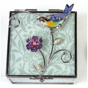 Skleněná klenotnice s barevným ptáčkem