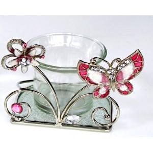 Stojánek na svíčku s růžovým motýlem