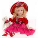 Sedící panenka červená
