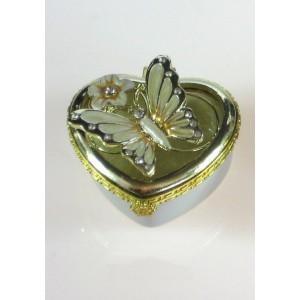 Krabička s motýlkem